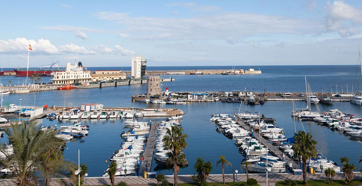Puerto deportivo de Ceuta - Dos mares